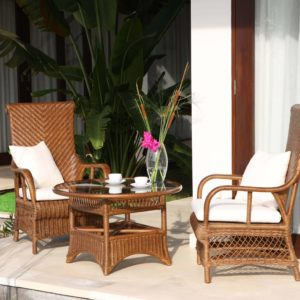 garden furniture arm chair and table